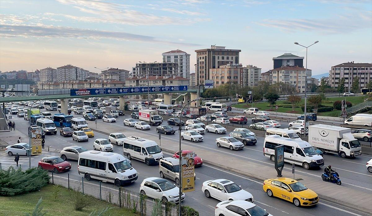 istanbul-D-100-karayolu-bostanci-01